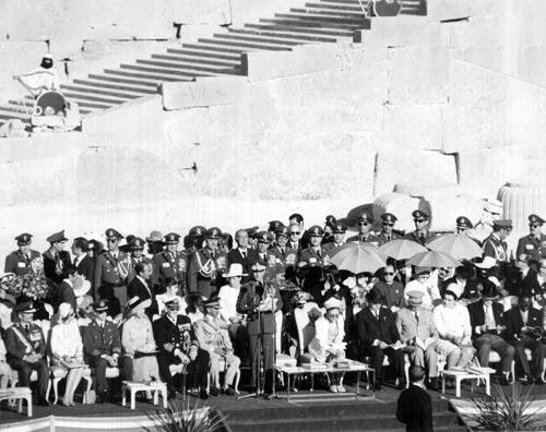 جشنهای ۲۵۰۰ ساله شاهنشاهی به روایت تصویر