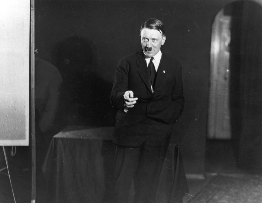 هیتلر بدون روتوش