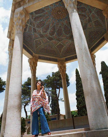 اردشیر زاهدی و الیزابت تیلور در مشهد