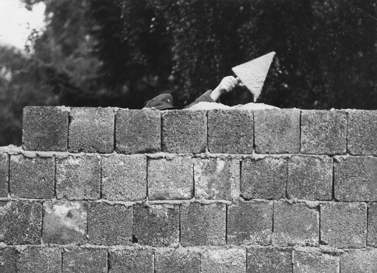 مردانی که دیوار برلین را ساختند